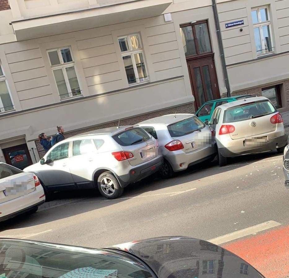 ДТП у Польщі: п'яний українець протаранив відразу вісім авто на парковці (вото) , фото-4