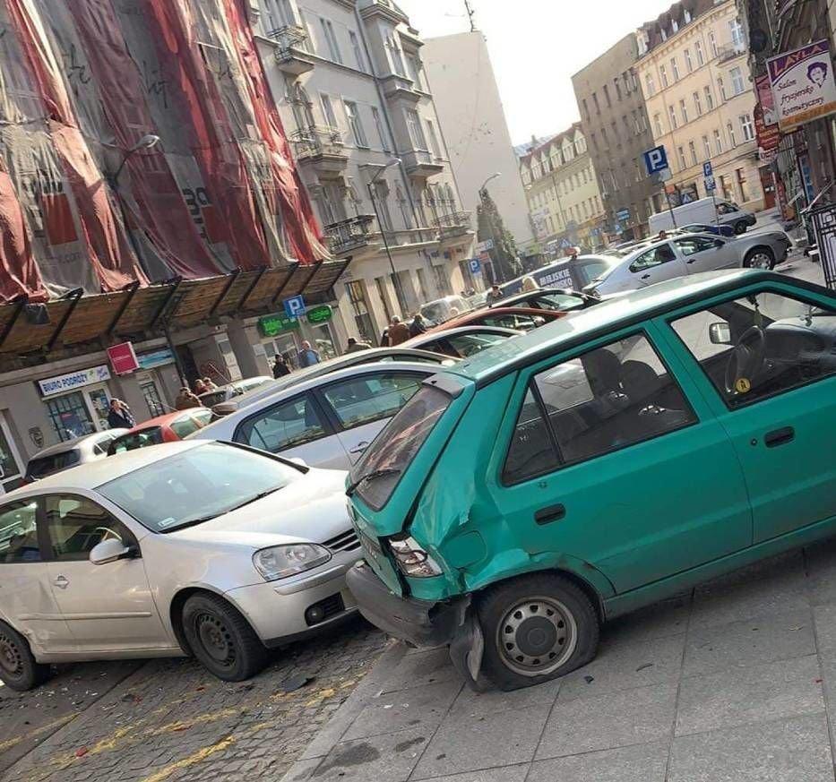 ДТП у Польщі: п'яний українець протаранив відразу вісім авто на парковці (вото) , фото-5