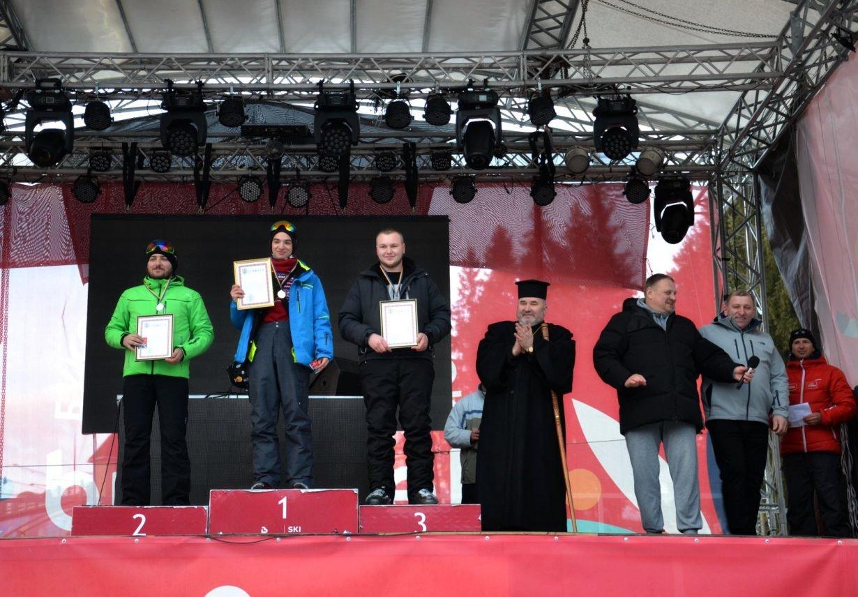У Буковелі провели лижні змагання серед духовенства, фото-1