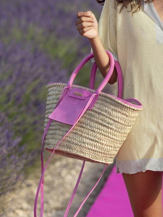 Солом'яна сумка Jacquemus. Фото - pinterest.ru