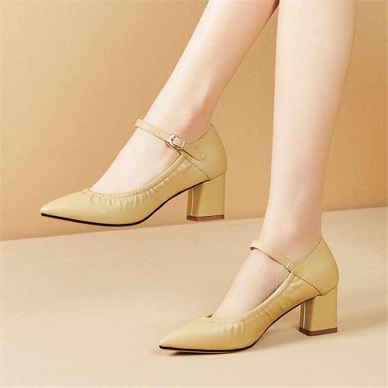 Трендові туфлі Мері Джейн 2020.  Фото - pinterest.ru