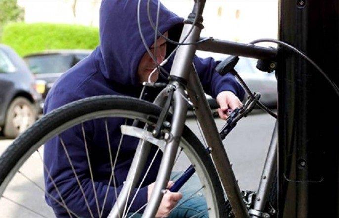 За добу у трьох прикарпатців зловмисники викрали велосипеди