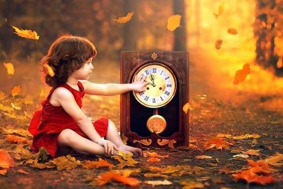 Перехід на зимовий час: коли прикарпатцям переводити годинник і на що звернути увагу